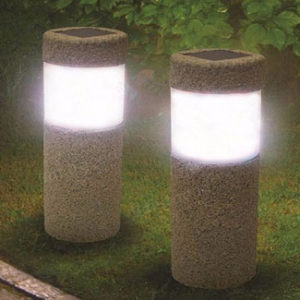 solar-power-stone-pillar-wh